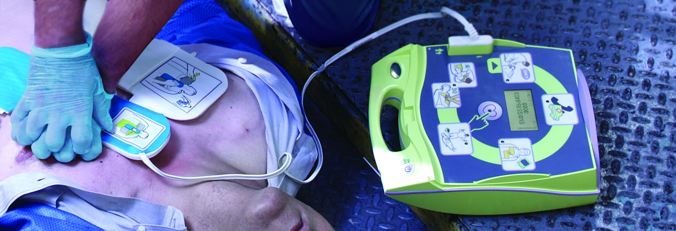 AED Plus-defibrillator voor medische hulpdiensten